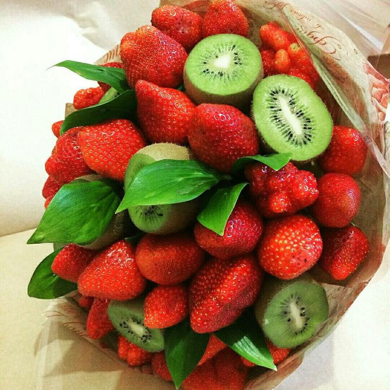 Букет из фруктов своими руками из клубники 85