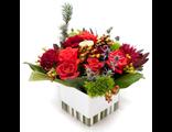 Цветы в новогодней коробочке