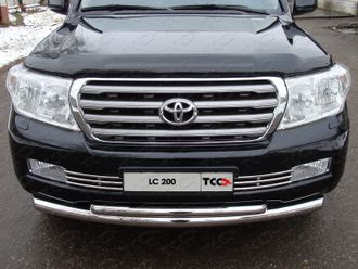 Toyota Land Cruiser 200 Решётка радиатора 16 мм TOYLC200-05