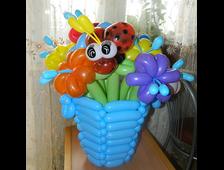 Цветы и корзины из шаров
