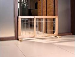 Trixie барьер-загородка для собак, береза 63-108см*50*31см