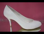 Свадебные туфли белый круглый мыс маленький каблук шпилька выбитая кожа №753-05=5