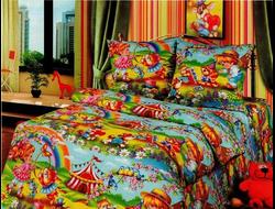 Цирк. Постельное белье из набивной бязи традиции текстиля, цельнокройное, плотность ткани 125 гр/м2