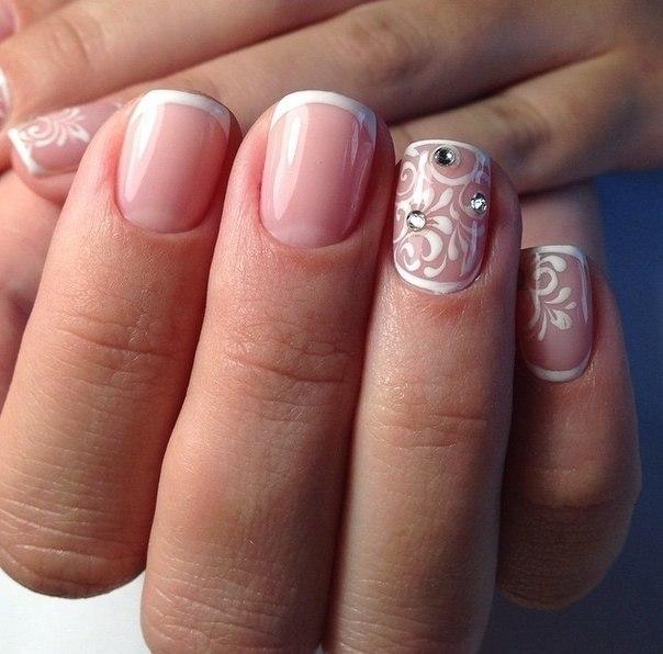 Свадебный маникюр гелем на короткие ногти