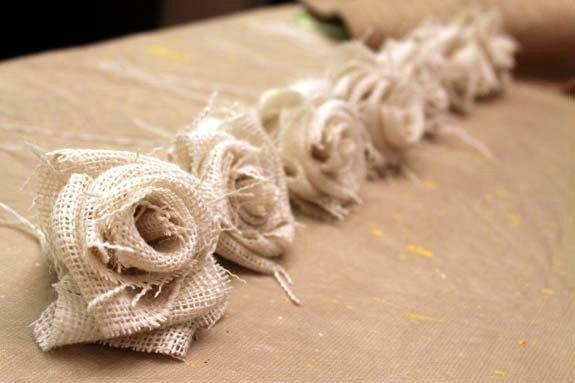 Цветы из мешковины своими руками мастер класс