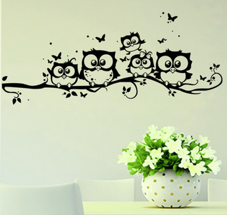 Интерьерные наклейки в детскую комнату совы на веточке черно белые