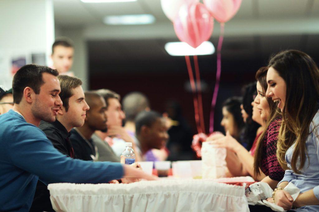 Как организовать и создать клуб знакомств