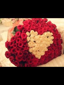 Страсть (151 роза в форме сердца)