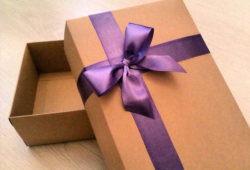 Где взять коробку на подарок 722