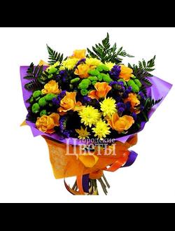 Букет с оранжевыми розами и хризантемой