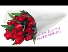 Букет из 23 алых Тюльпанов
