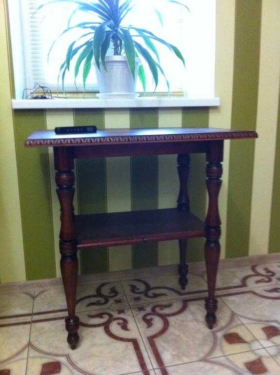 каталог товаров стол из дерева под старину