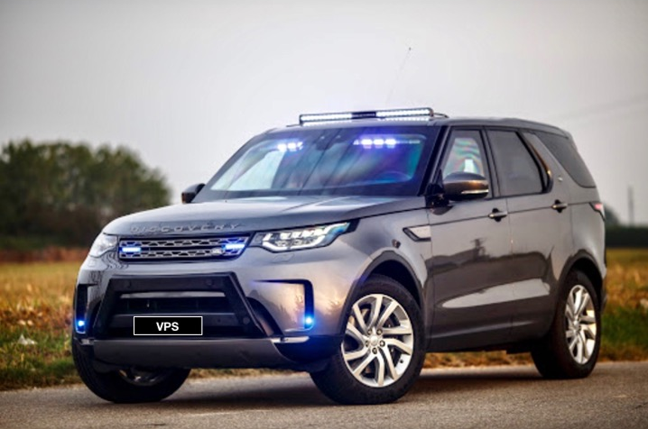 New Police undercover armored Land Rover Discovery 5 L462 SE Sd6 AWD in CEN B6, 2020-2021YP