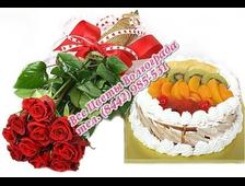 красные розы и торт