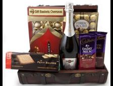 Бизнес подарок с вином и конфетами Элитный
