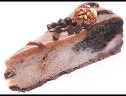Чизкейк шоколадный с орехами