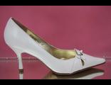 Свадебные белые туфли средний каблук острый мыс № 579В-947-927=бант