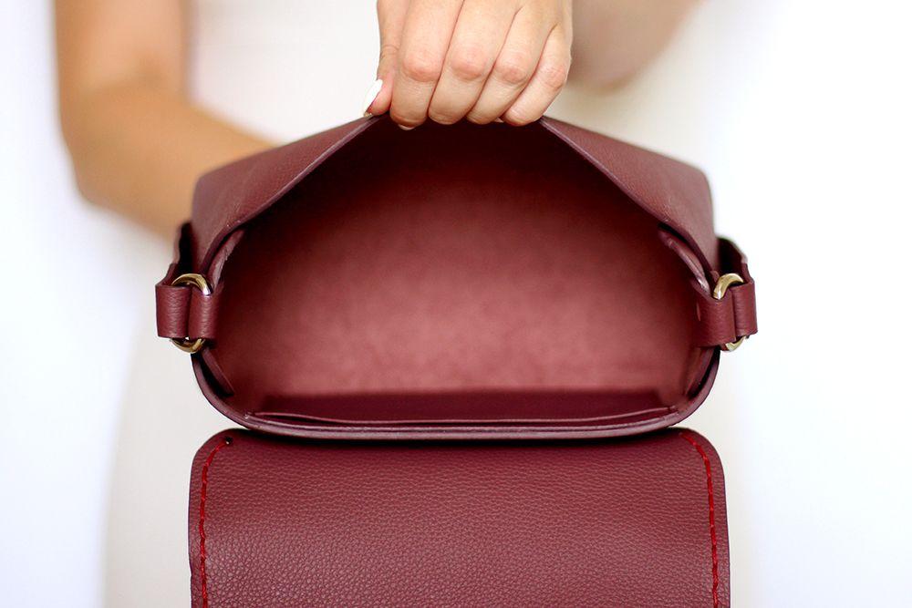 bf44d36cbd2c Купить бордовую кожаную сумку Iris