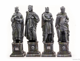 FOUR KINGS STATUES (painted)
