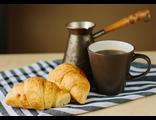 D0446 Кофе и круассаны