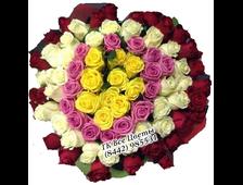Карусель из 101 миксовой розы