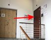 На 3-ем этаже коричневая дверь справа, с домофоном
