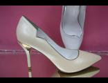 Перламутровые айвори шампань свадебные туфли коллекция 2016 острый мыс на среднем каблуке устойчивая шпилька кожаные каблук украшен декором цвет золота № 2527-252=252