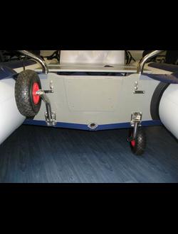 зачем нужны транцевые колеса для надувной лодки