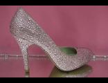 Свадебные туфли кожаные круглый мыс средний каблук шпилька светло - розовые украшены сверкающими камнями № 133-606-А31=А-31