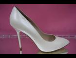 Свадебные туфли кожаные айвори бежевые тонкий каблук острый мыс классические стильные модные купить