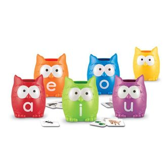 Vowel Owls Literacy Sorting Set