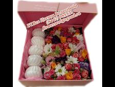 Цветы в коробке с зефиром