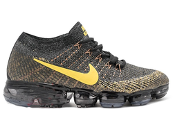Nike Vapormax Black/Gold