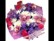 Букет с орхидеями в сиреневой гаммме