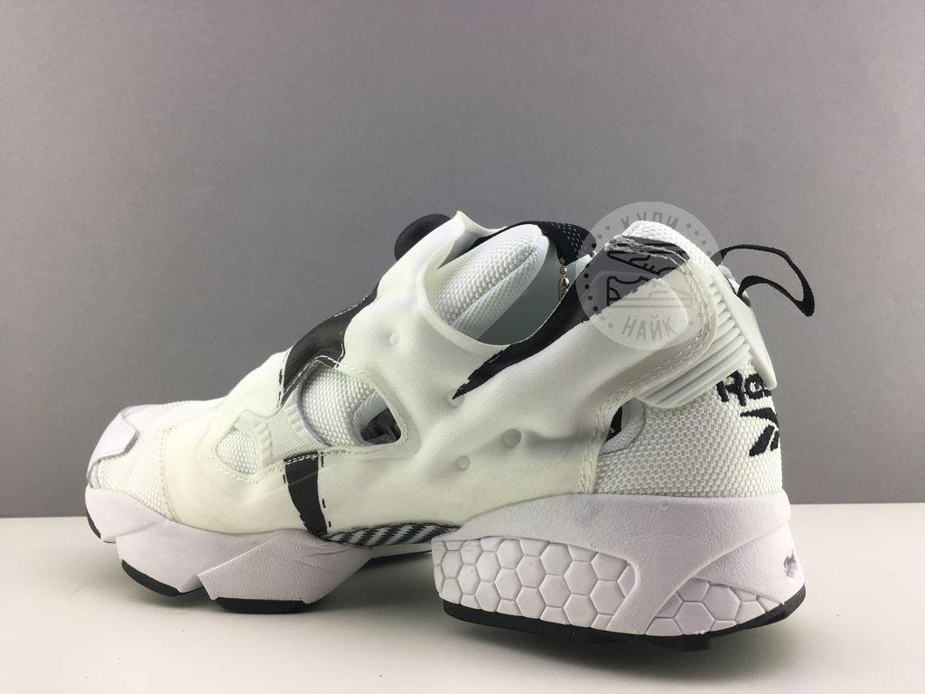 Купить кроссовки reebok insta pump белые с черным в спб db3b535e4cc2d