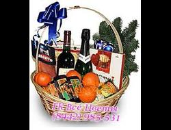 Подарочная корзина 2 вина, фрукты, сыр