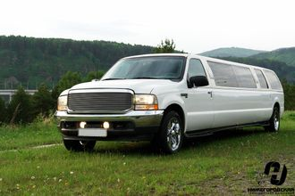 Ford Excursion 22 места
