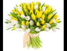 Праздничный букет из белых и желтых Тюльпанов