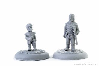 Noble shorty and his bodyguard (unpainted)
