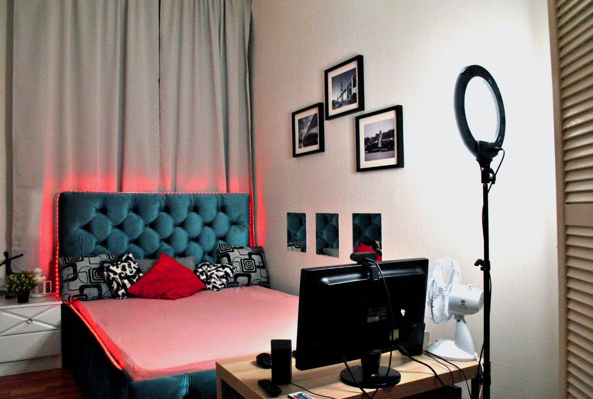 Вебкам студия владимирская в санкт петербурге работа по веб камере моделью в тавда