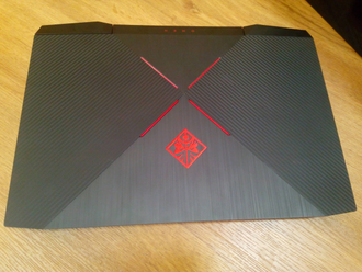 HP OMEN 15 ( 15.6 FHD IPS 120Hz i7-7700HQ GTX1050 8Gb 1Tb + 120SSD )