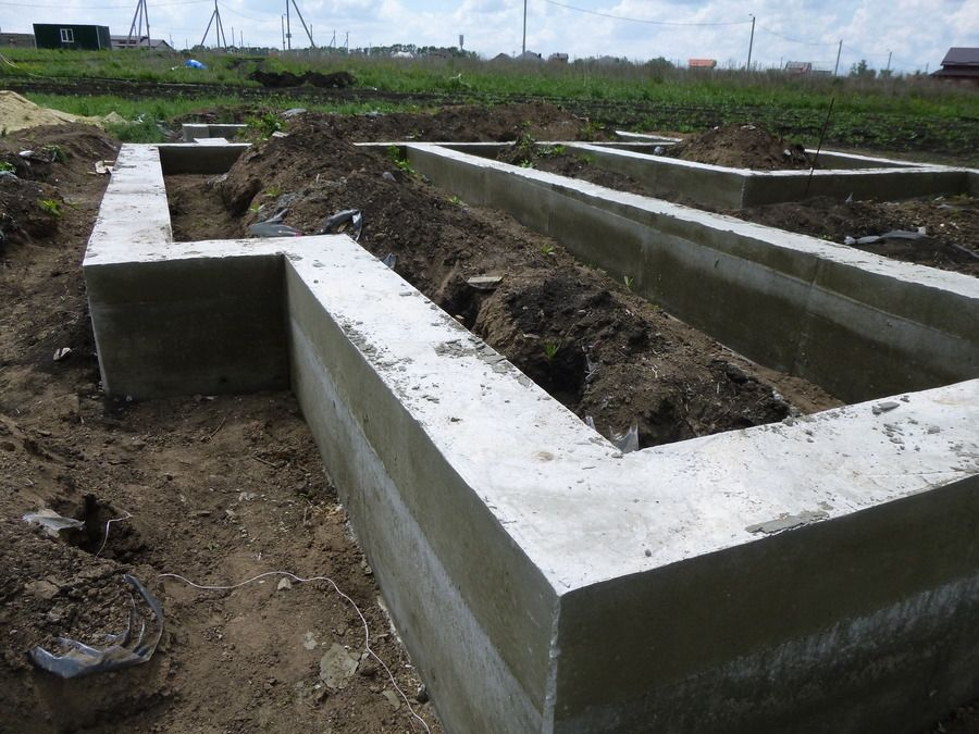 цоколь бетона