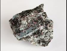 Кианит в сланце, гранат, Карелия, Хит-остров (42*38*29 мм, 58 г) №18214