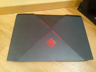 HP OMEN 17-AN006UR ( 17.3 FHD IPS i5-7300HQ GTX1050(4Gb) 6Gb 1Tb )
