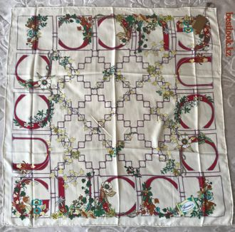 Gucci GG Vintage scarf