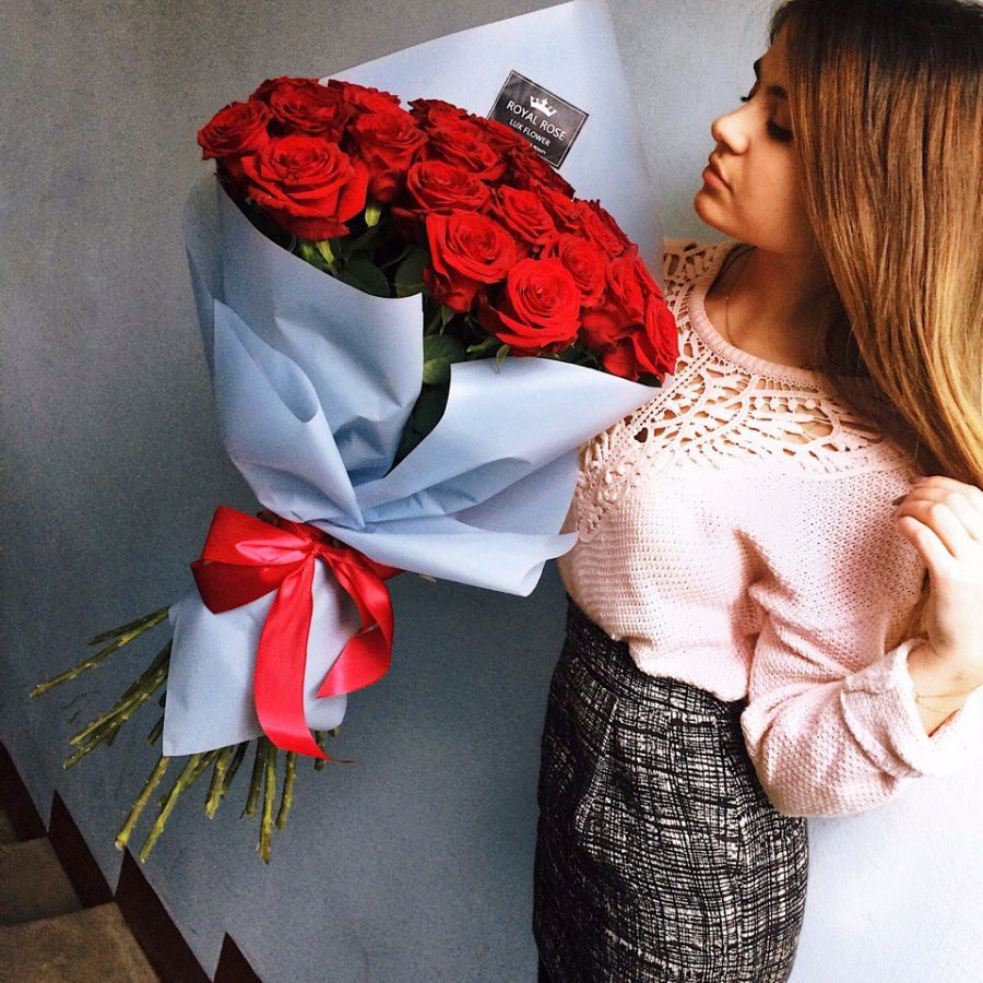 Цветы подарить новый год парню 15 лет, купить