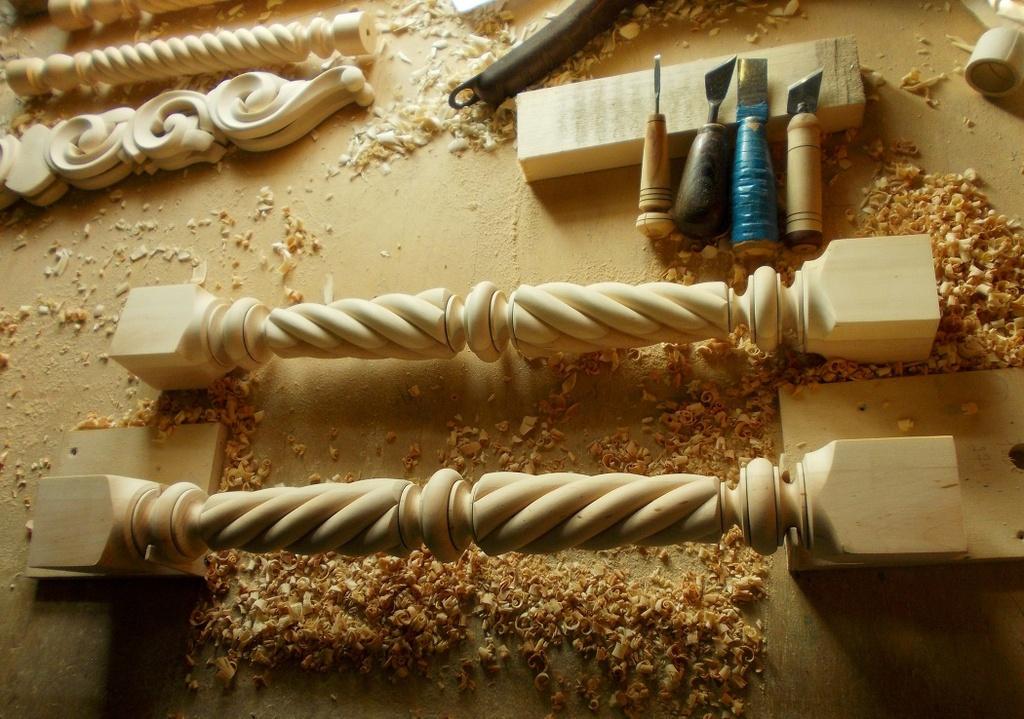 Балясины резные ручной работы