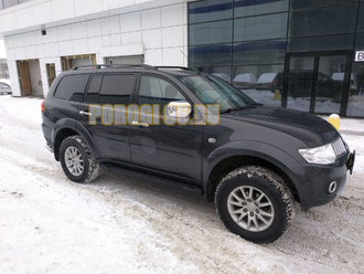 Пороги на Mitsubishi Pajero Sport  (2008-2015) Black Start