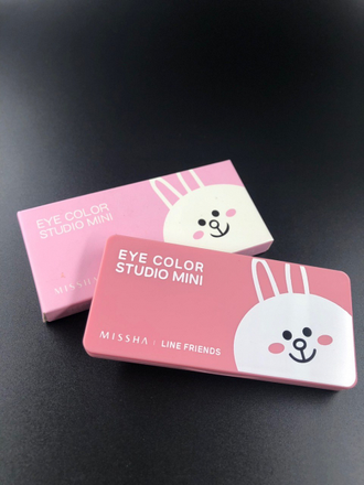"Тени для век Missha Line Friends""Eye Color Studio Mini""(зайчик)"