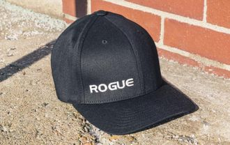 ROGUE FLEXFIT HAT (Кепка Rogue Fitness).